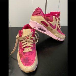 Nike air maxs 90